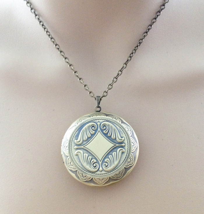 phab engravable catprod main lockets locket sterling sweetheart engraved in silver nile blue