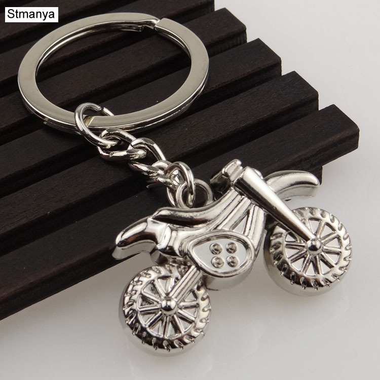 New Design Cool Luxury  Metal Keychain Car Key Chain Key Ring Motorcycle Helmet Key Chain For New Simulation Gifts 17335