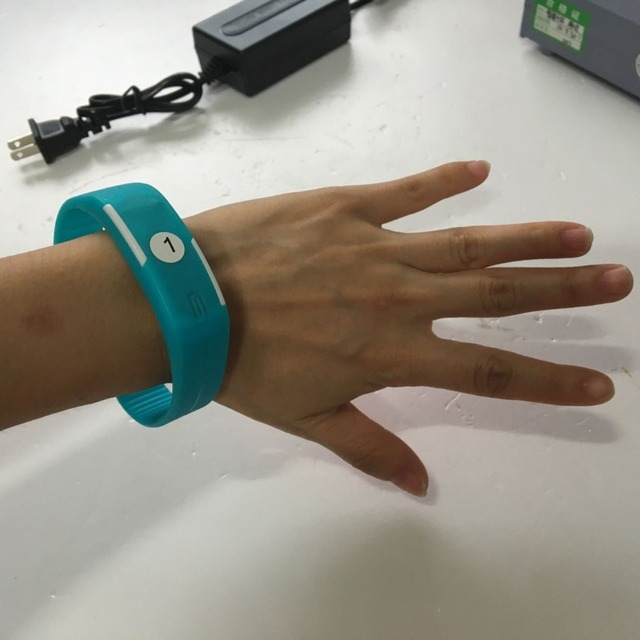 Smart Bracelet Specific Smartband Close To Contoroller Will Unlock The Door Wearing Magic Band Get Audio