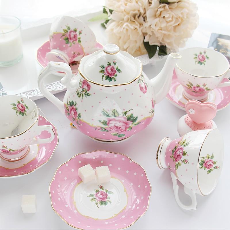Koffie Thee Sets Bone China Porselein Koffiekoppen Creatieve Gift Britse Thee Cup Sets 1 Pot en 4 Koffie cups-in Theesets van Huis & Tuin op  Groep 2