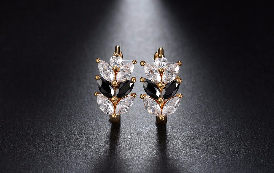 black-and-clear-marquise-leaf-design-earrings-with-zircon-stones-1