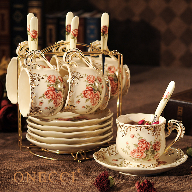 Creative European Porcelain Coffee Cups Set China Chinese Wedding Tea Set Home Decoration Accessories