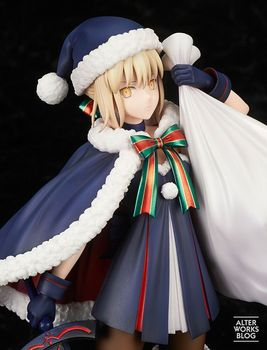 NEW hot 23cm Fate/stay night Saber Arturia Pendragon Christmas installed action figure toys collection with box
