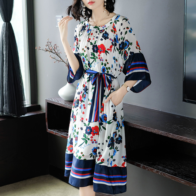 2018 Beach Style Women Floral Print Half Sleeve Pleated Dress With Belt Oversized Casual Summer Fashion New Chiffon