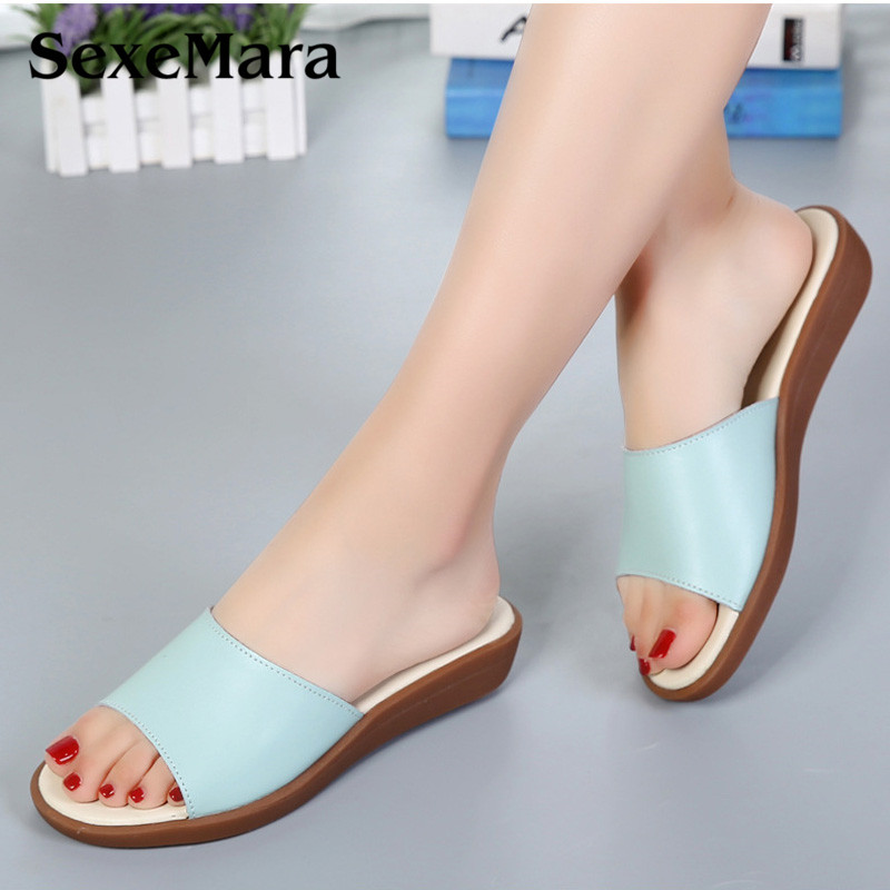 SexeMara Summer Woman Sandals Slope with Flip Flops Genuine Leather mother Slippers Simple and Comfortable Women Beach Shoes summer new leather sandals and slippers women sandals slope with thick crust outdoor leather lady slippers women s shoes