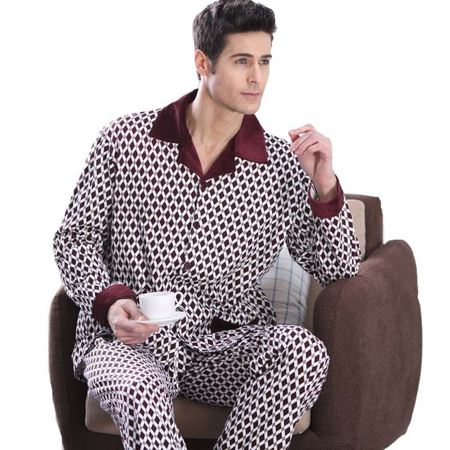 2017 Men's comfortable sleepwear loose-fitting sleepwear male strip set Large size modal cotton sleepwear lounge wear