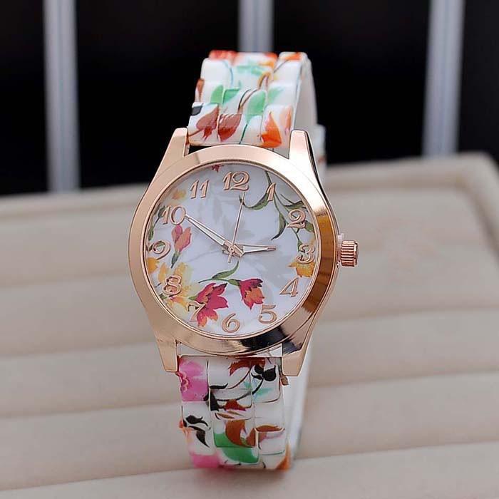 b8b532fd61cc Splendid Silicone Floral Band Watches Women Rubber Strap Watch Reloj ...