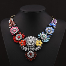 2016 Hot Big Fashion Luxury Jewelry Multicolor Crystal Rhinestones Vintage Gun gold Chain Exaggerated flower Choker Necklaces