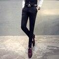 Outono e inverno afluxo de calça casual dos homens masculinos Coreano calças Slim pés calças adolescentes masculinos calças pretas masculino calças