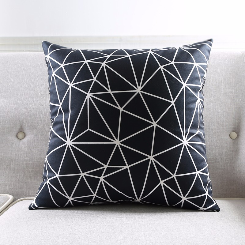 Modern Black And White Kids Cushion Covers Geometric Triangles Stripes Rug Pattern Pillow Cover World Map Velvet Pillow Case 8
