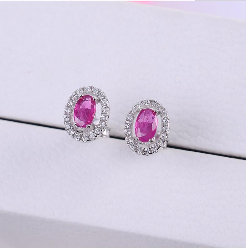 все цены на Natural Ruby stud earring Free shipping Jewelry Natural real Ruby 925 silver Gem size 3*5mm онлайн
