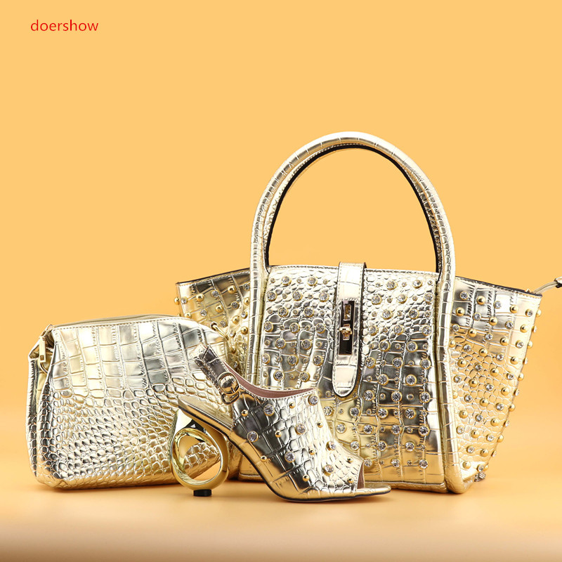 doershow gold Shoes and Bag Set for Women High Quality Italian Shoes with Matching Bag Set Decorated with Rhinestone SPAN1-3 doershow high quality italian shoe and bag to match women shoes african party shoes and bag set green with rhinestone kh1 3