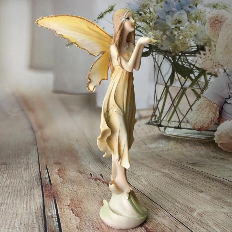 Jardin fée Sculpture résine ange Figurines fleur fée StatuesHouse ornements belle fille mariage cadeaux noël décor-in Figurines et miniatures from Maison & Animalerie    1
