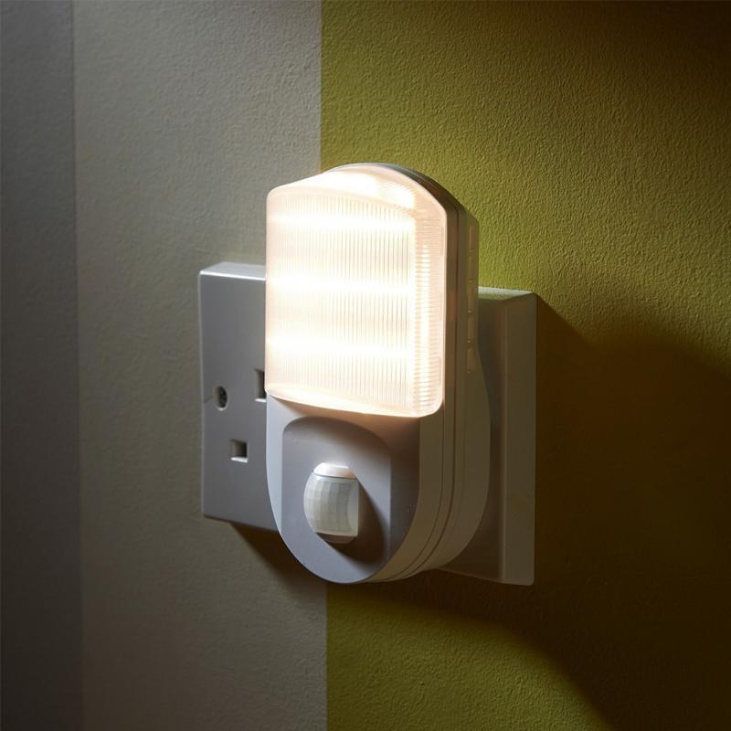 Plug Socket LED Night Lamp Home Decoration Hallway Light Motion Sensor Night Lamp Wall EU Plug цена