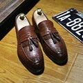 2016 Nuevos Hombres De Lujo de Negocios Vestido Del Dedo Del Pie Puntiagudo Zapatos de Cuero de Alta Calidad de La Borla de Los Holgazanes Pisos Transpirables Hombres Oxfords 01
