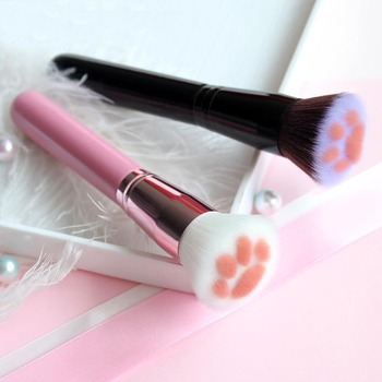 cat makeup brush