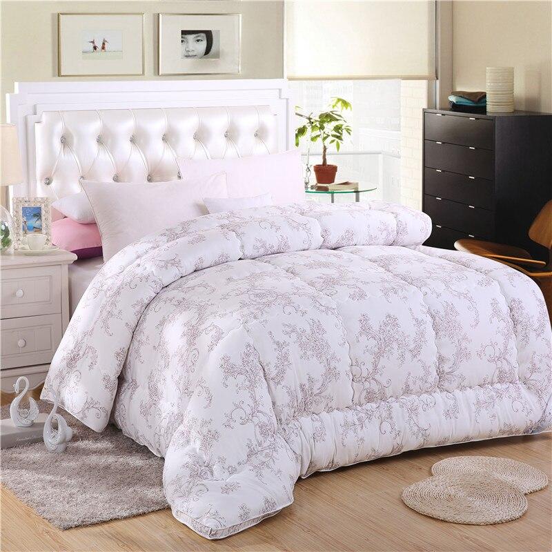 achetez en gros couvre lits faits la main en ligne des grossistes couvre lits faits la. Black Bedroom Furniture Sets. Home Design Ideas