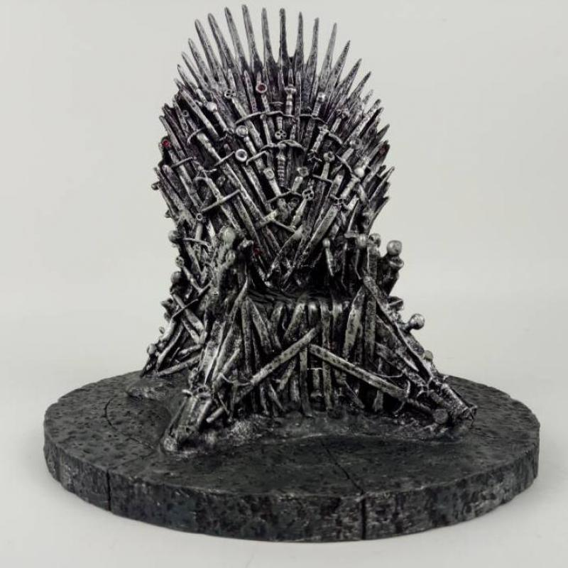 17cm The Iron Throne Game Of Thrones A Song Of Ice And Fire Action figure Toys Sword Chair Model Toys Chirstmas Gift game of thrones action figure toys sword chair model toy song of ice and fire the iron throne desk christmas gift 17cm