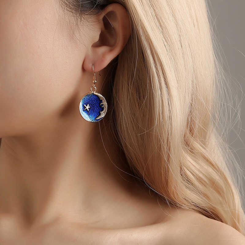 การออกแบบใหม่ล่าสุดสีฟ้าโรแมนติก Starry Sky Star ดวงจันทร์น่ารักต่างหูสร้อยคอสำหรับสาวเกาหลีสไตล์ไม่สมมาตรต่างหูหญิงของขวัญ