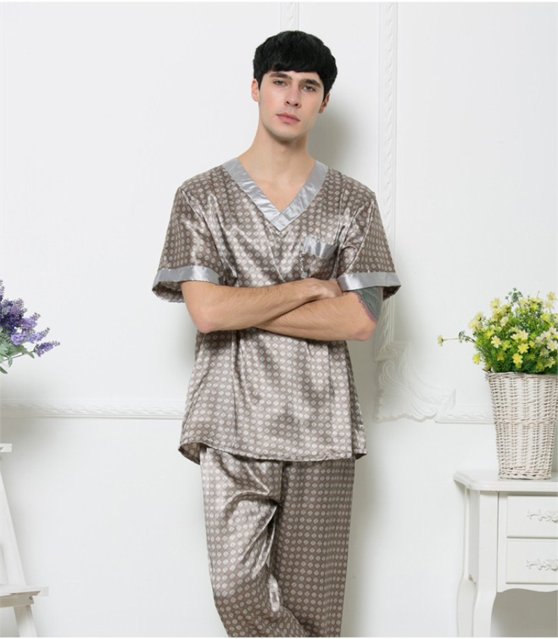 c85bdeeb6f New Men `s Pajamas Sexy Sleepwear Male Short-Sleeve Long Pant pijama hombre  Men Homewear Sets Sleep Tops and Bottoms Pyjama Homme