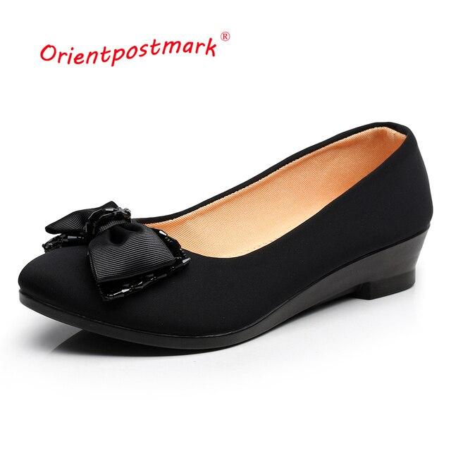 Wanita Balet Sepatu Wanita Wedges Sepatu untuk Pekerjaan Kantor Kebesaran  Perahu Sepatu Kain Manis Pantofel Wanita 2540356fd5