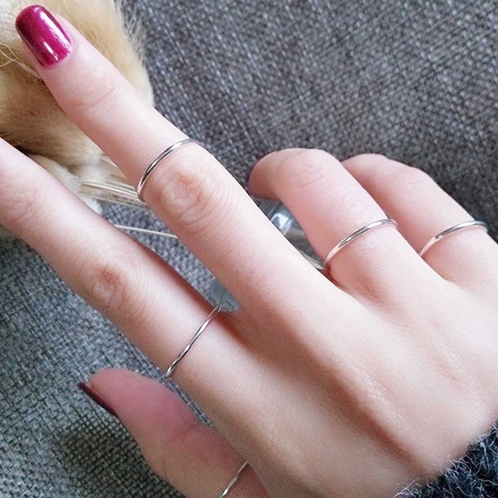 1 Pcs Hot Sale Sederhana Punk Fashion 2 Mm Tipis Stackable Ring Polos Stainless Steel Band Pesta Perhiasan untuk Wanita gadis Ukuran 3-10