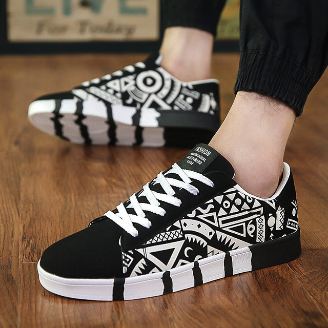 37ccc29b2f1d Shoes Man Flat Travel Street Canvas Shoes International Trend Sports Shoes  Metrosexual Korean Students Ventilation Tennis Shoes