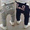 2016 patrón lindo de la historieta del bebé pantalones de invierno para niños ropa boy chica harem algodón precioso gato pantalones largos para los niños