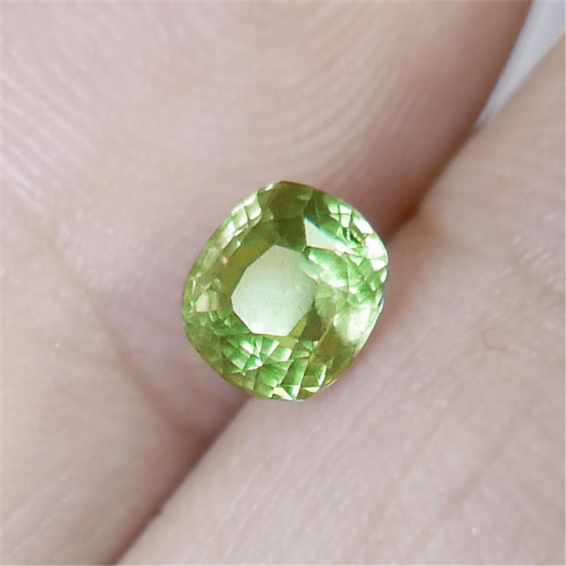 1,01 Carat Natürliche Alexandrit Losen Stein Aigs Zertifikat Kristall Bare Stein Oberfläche