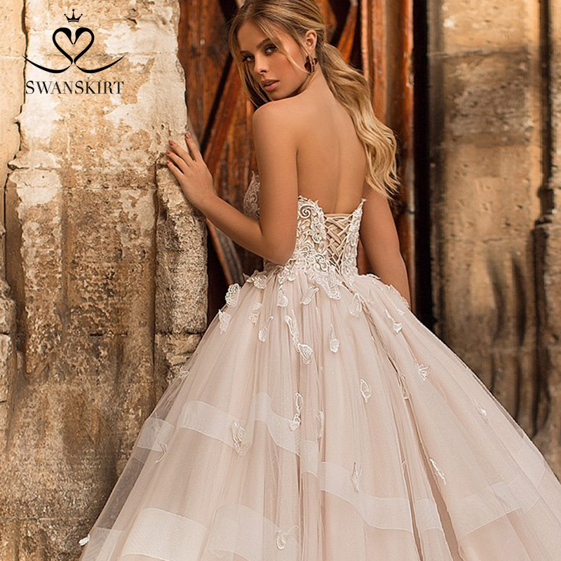 Image 3 - Romantic 3D butterfly Wedding Dress 2019 Swanskirt Appliques A Line Princess Lace Up Bride Gown vestido de noiva N101-in Wedding Dresses from Weddings & Events