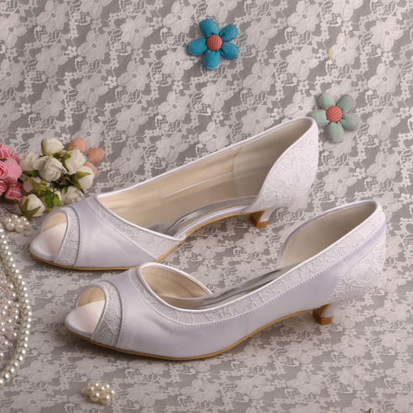 Wedopus Women's Round Toe Pumps Low Heel Ivory White Lace