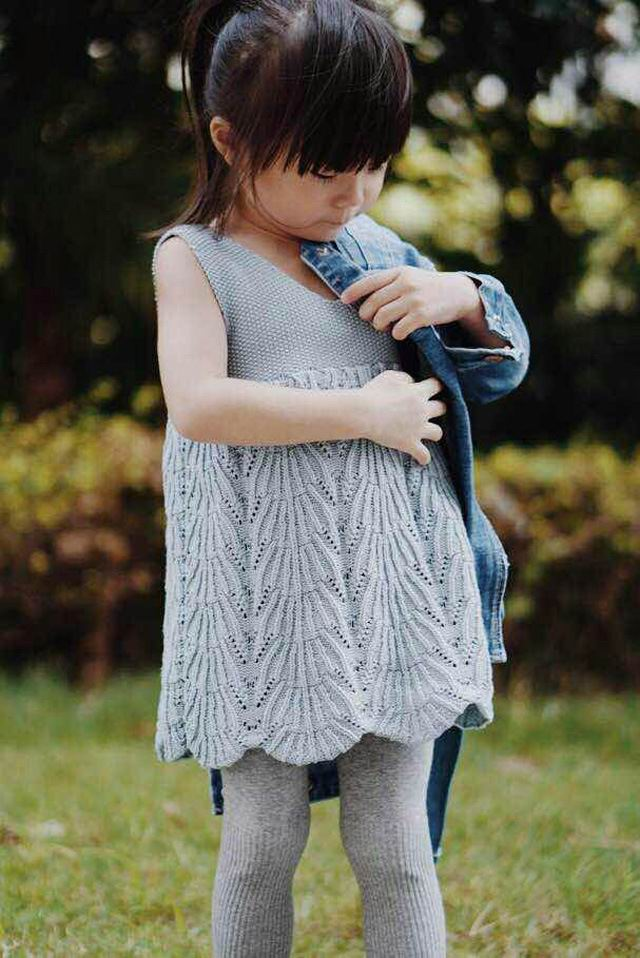 Retail 2017 Spring New Baby Girl Dresses Knitted Cotton Sleeveless Dress Children Clothing 1-5Y 710 Only Include