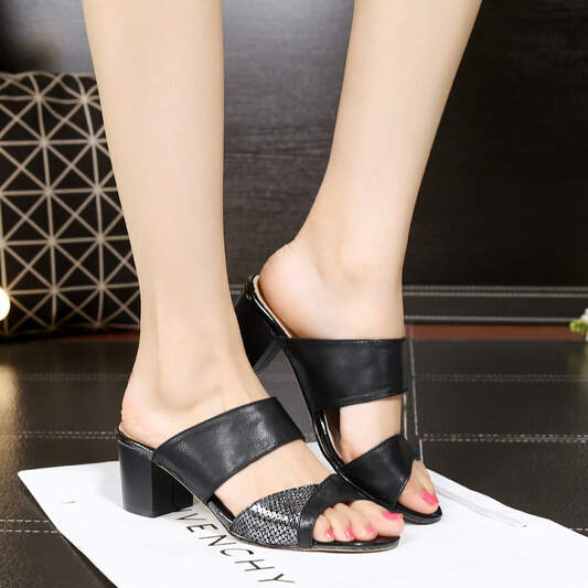 Size 32-42 slippers women genuine leather sandals woman flip flops black shining summer shoes sandalias big size small size