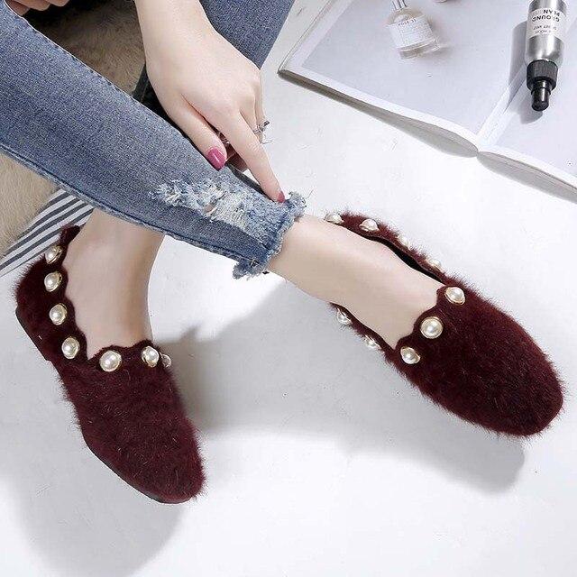 Plus Size Shoes Woman Mink Fur Flats Low Heels Pearl Shoes Ladies Loafers Pointed Toe Moccasins Fur Espadrilles Size 40/42/43