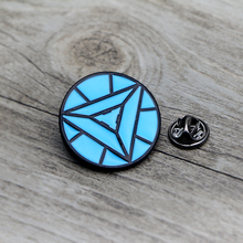 L1420 Iron Man Nuclear Reactor Metal Brooches and Pins Enamel Pin for Backpack/Bag Badge Brooch Collar Jewelry Gifts weston stacey m nuclear reactor physics