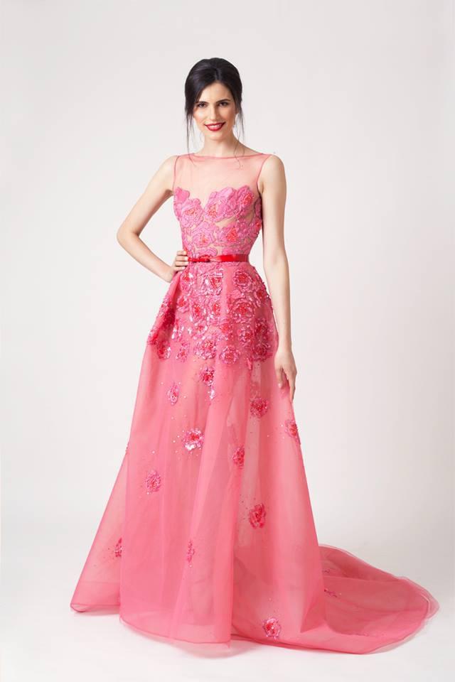 Famous Gowns – fashion dresses