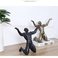 Nordic Resin Roar of Victory Man Statues Ornaments Creative Vintage Man Sculpture Crafts Home Office Living Room Decoration Gift