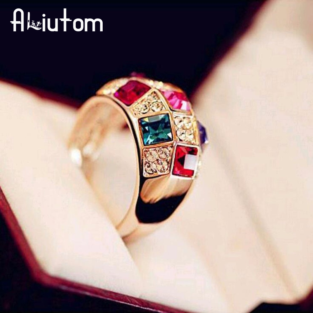 ALIUTOM European and American style Austrian color rhinestone color crystal female luxury classic ring