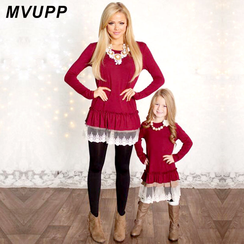 Mommy and Me Fashion Kjoler MVUPP mor datter kjoler Lace Patchwork Red Solid lange ærmer Family Matching Clothes TUNICS
