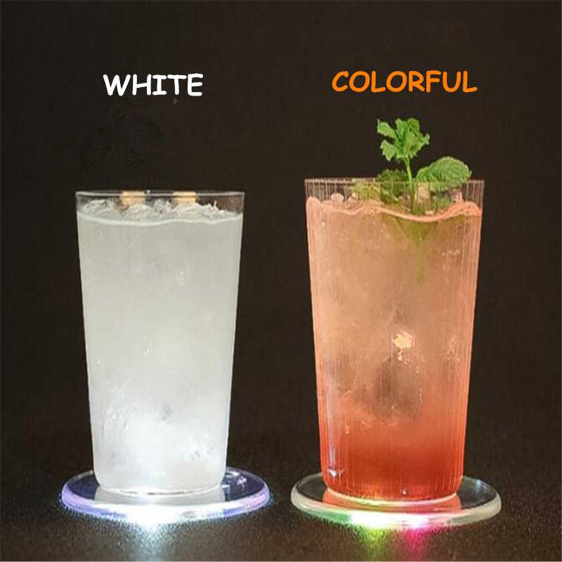 4 팩 아크릴 크리스탈 led 라이트 코스터 바 칵테일 코스터 화이트 컬러 투명 라이트베이스 코스터 다채로운 방수