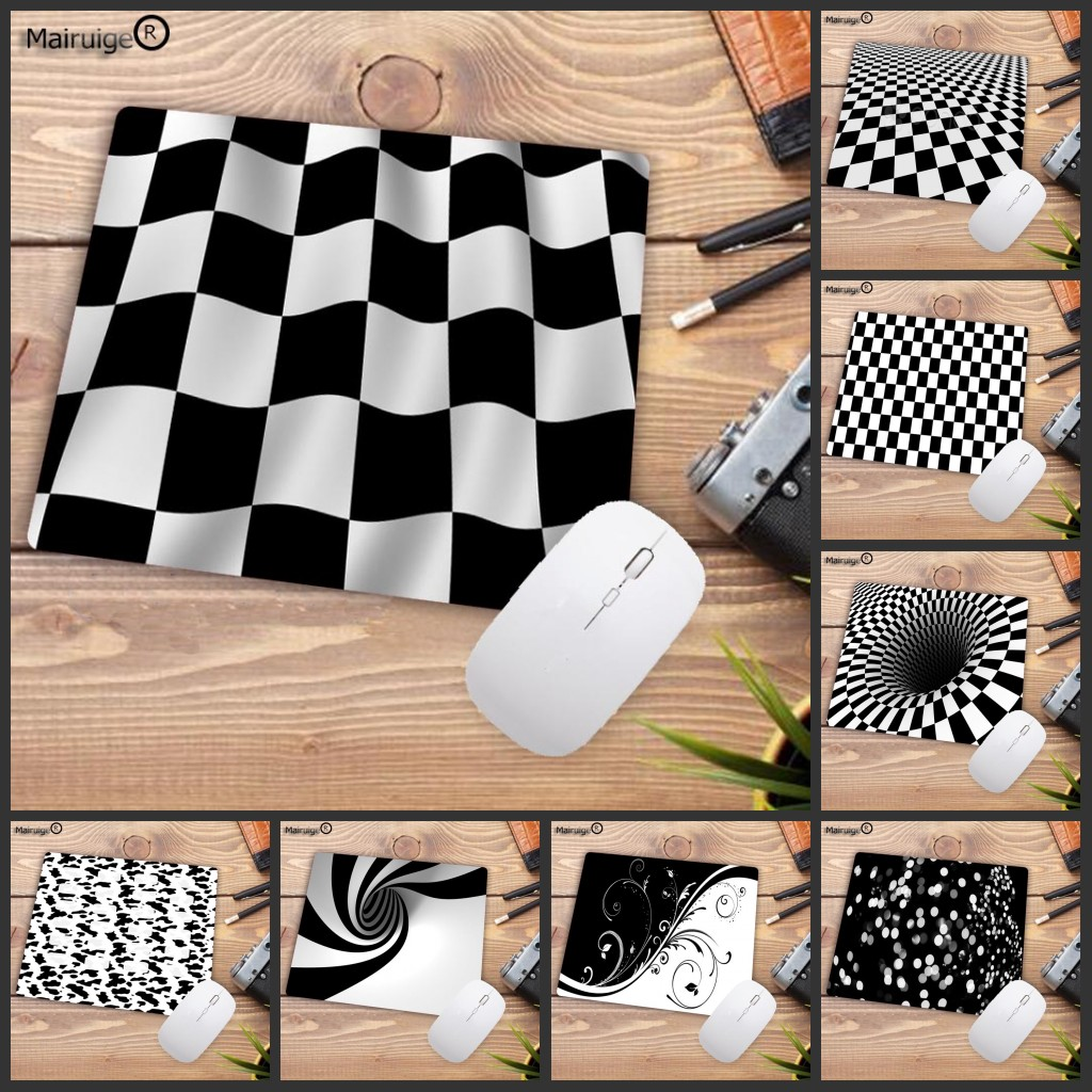 Mairuige Big Promotion Black And White Checkerboard Mousepad Computer Desktop Game Mouse Pad Size For 180X220X2MM Small Mousepad