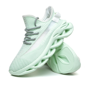 Image 3 - גברים של נעלי ספורט קיץ גברים של נעליים לנשימה עף ארוג זוהר נעלי גברים מאן הנעלה מזדמן חיצוני Zapatillas Hombre