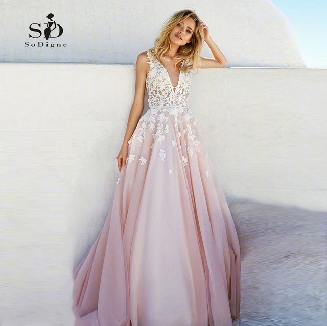 Pink Wedding Dress 2018 SoDigne Lace Appliques Romantic Beach Bridal Gown V- neck Vestidos de novia aab4e17ede4f