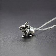 Nuevo collar Retro del conejo de la vendimia 3D