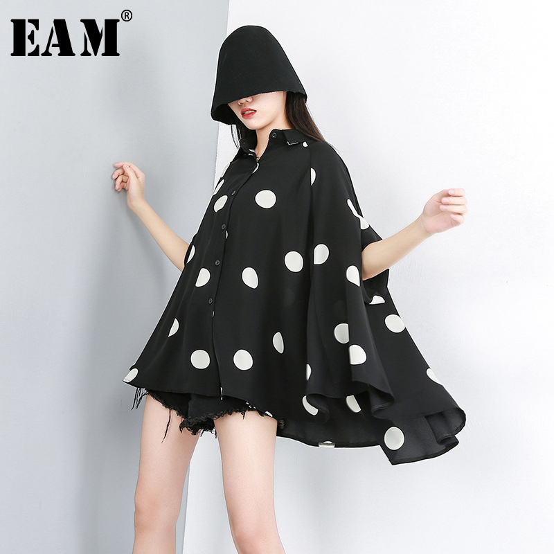 [EAM] 2020 New Spring Summer Lapel Half Sleeve Black Dot Printed Loose Temperament Big Size Shirt Women Blouse Fashion JW576