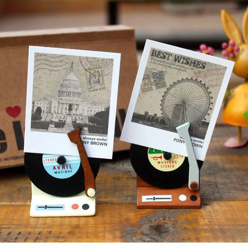 1PC Retro Vintage Gramophone Memo Clip Note Holder Stand Wedding Favors Place Porta Fotos Card Holder Home Decoration