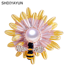 SHDIYAYUN 2019 New Pearl Brooch Natural Freshwater Honeybee Chrysanthemum Simple Pins for Women Jewelry Gift