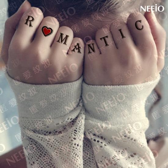 Tatuaje Temporal Letras Cuerpo Estilo Maquillaje Palabra Amorodio
