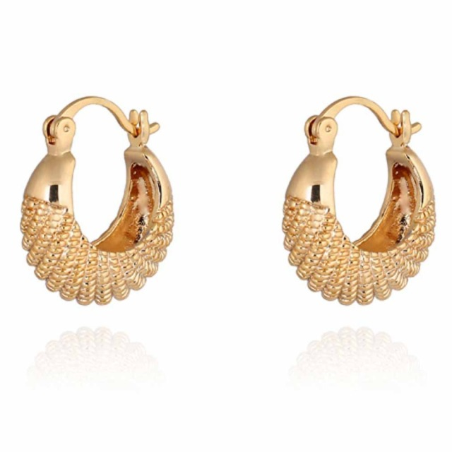 Summer Style Fashion Gold Earring Cc Simple Design Fine Jewerly Small Hoop Earrings For Women