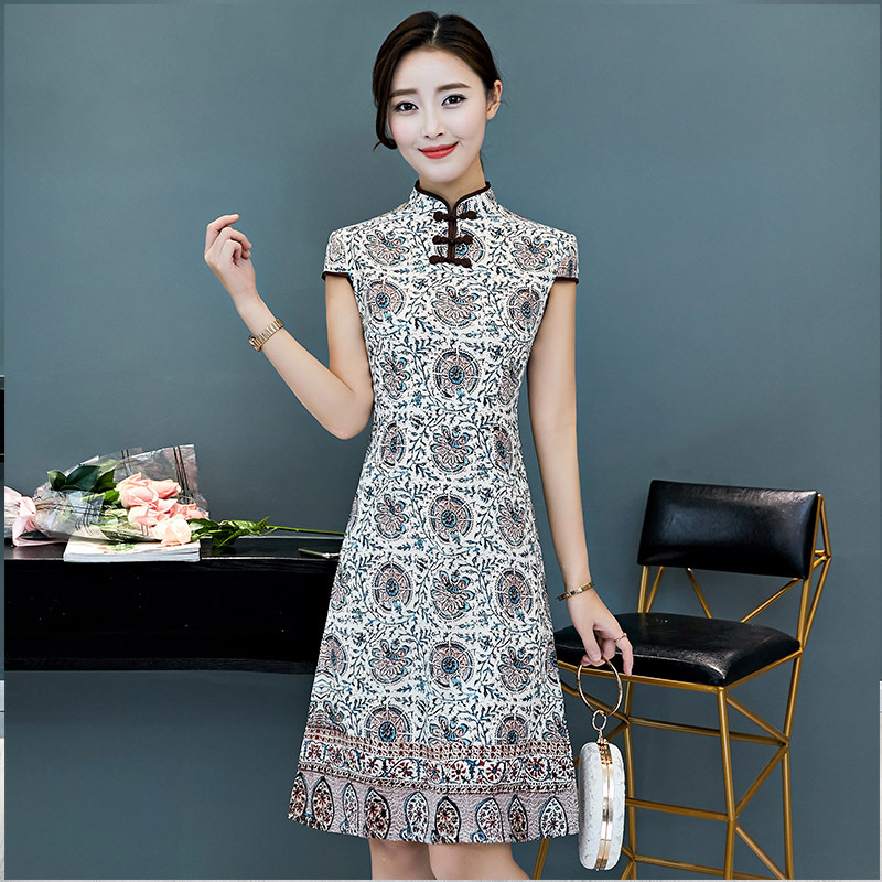 Taille S-3XL genou longueur Cheongsam Vintage style chinois robe 2018 mode femmes rayonne Qipao Slim robes de soirée bouton Vestido